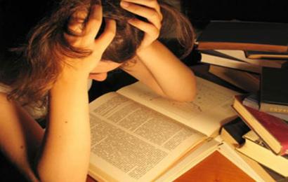 Snyd ikke dig selv til eksamen: Se de simple teknikker der giver dig højere karakterer.