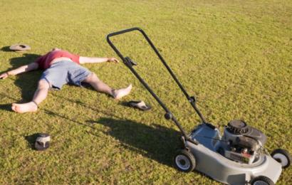 Din nyslåede græsplæne udleder mere CO2 end du tror