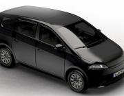 Tysk bil kører på strøm fra egne solceller og lader imens